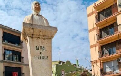 El bust del Pare Carlos Ferris d'Albal consciència sobre l'ús de la màscara