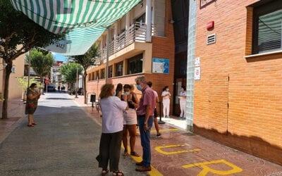 Albal protege la intimidad de los pacientes del Centro de Salud y les salvaguarda de las inclemencias meteorológicas