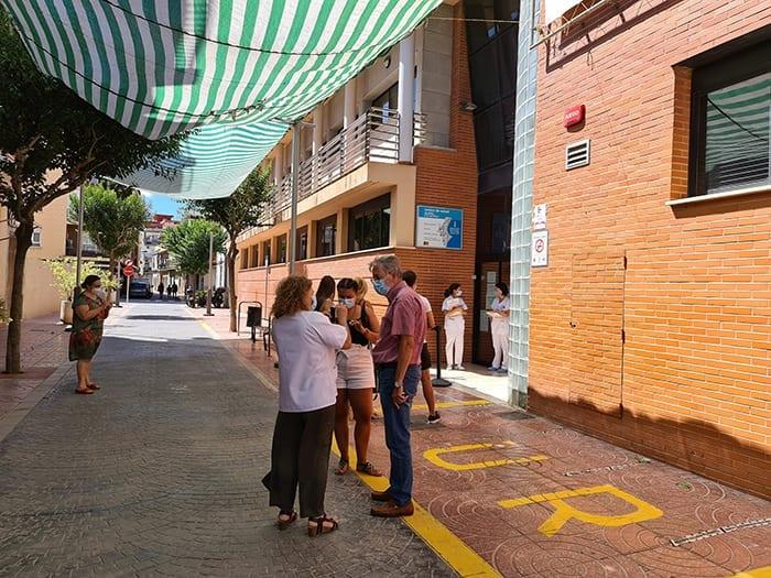 Albal protegeix la intimitat dels pacients del Centre de Salut i els salvaguarda de les inclemències meteorològiques