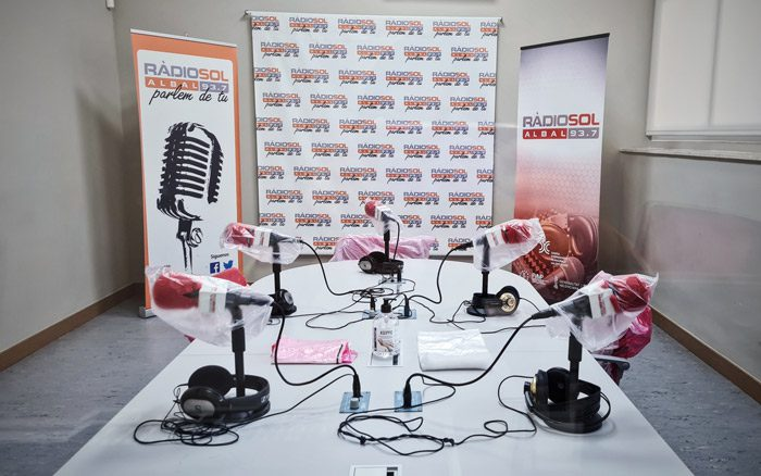 Ràdio Sol aconseguix una subvenció de 2.000 euros de l' Acadèmia Valenciana de la Llengua per la promoció del valencià