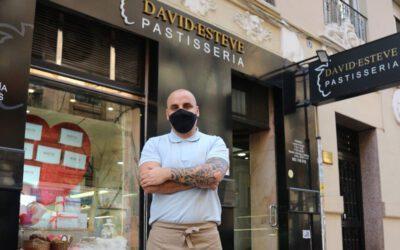"""Un pastelero de Albal triunfa con una innovadora ensaimada de sabores,  """"Les Maretes"""""""