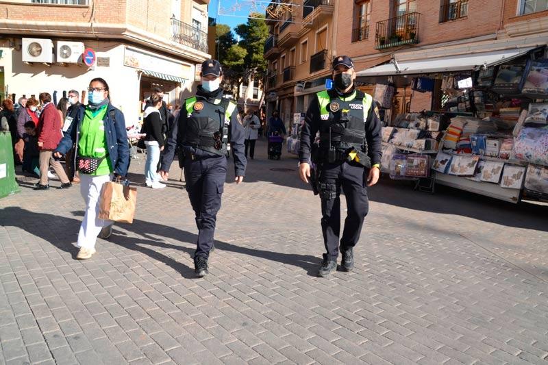 La pandèmia multiplica el treball de la Policia Local d'Albal que va fer 5.000 actuacions més que l'any anterior