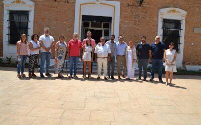 L'històric conserge del col·legi Sant Blas d'Albal, Salvador Palomares, es jubila després 43 anys prestant els seus serveis en el centre més antic de la localitat
